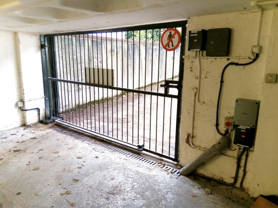 4 Meter Swing Gate installed on a underground Car Park with BFT Motor
