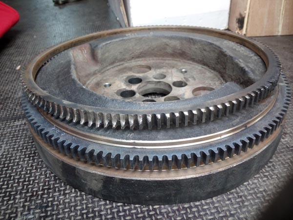 Linde Forklift HD50 flywheel with new 72 toothed ring. Heated to 900C and pressed on.