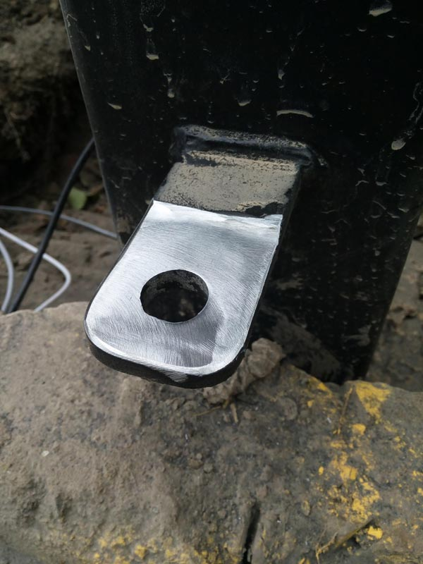 Bottom eye plate installed 8mm to high no problem we ground 2mm off it