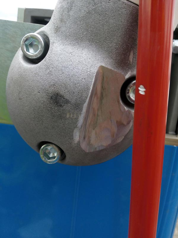 Cutout elbow on hi-bar barrier this is to allow the arm to raise to 90 degree