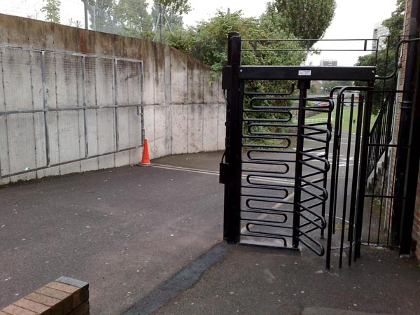 This Turnstile was installed 2006 at a 6th form Collogue with Net2